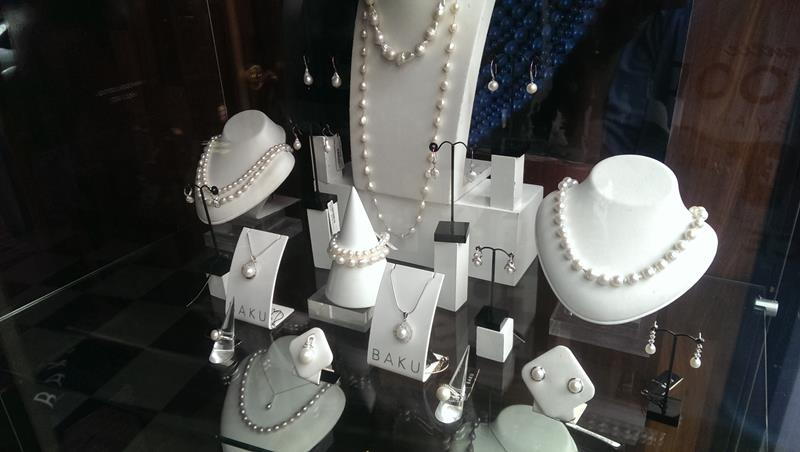 Pearl Jewellery Shopping in Melbourne CBD
