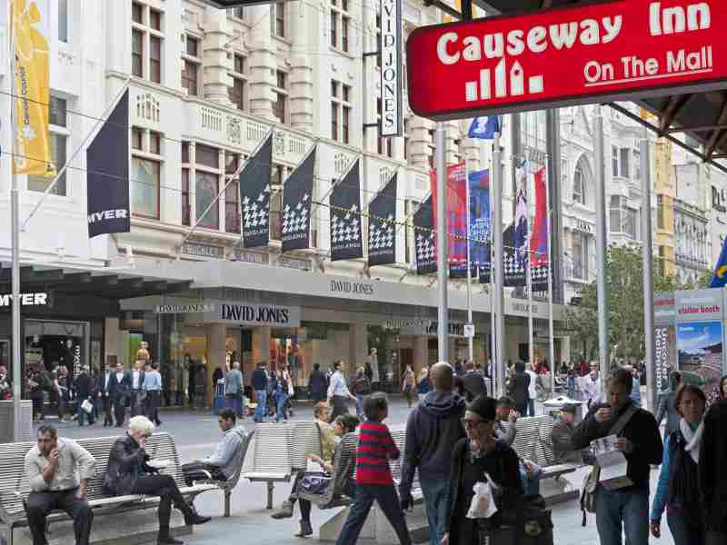 Causeway In Onn The Mall Hotel Melbourne